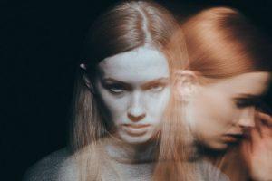 Qu'est ce que la schizophrénie : symptômes